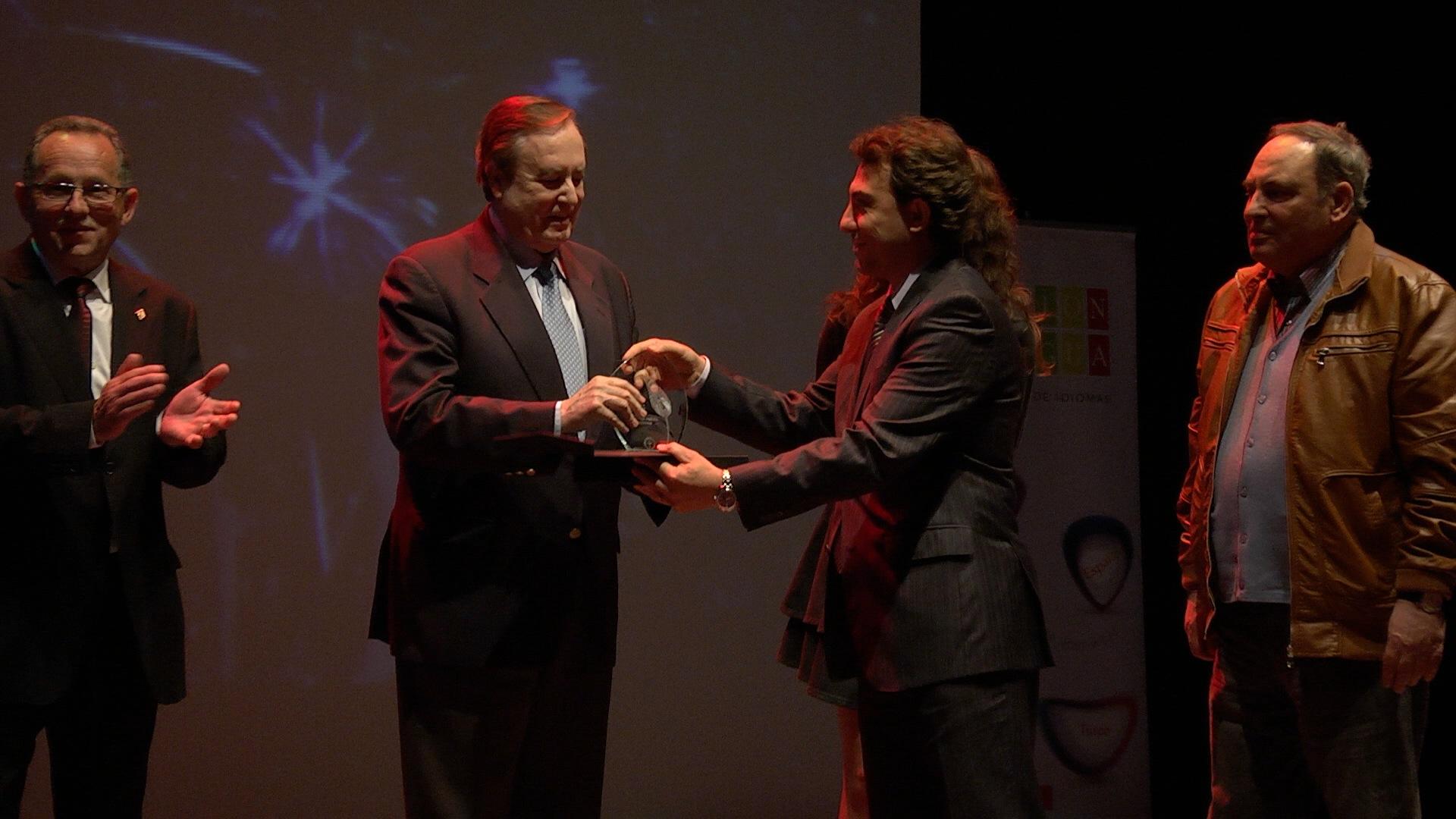 Premios Ebru 2013 (10)