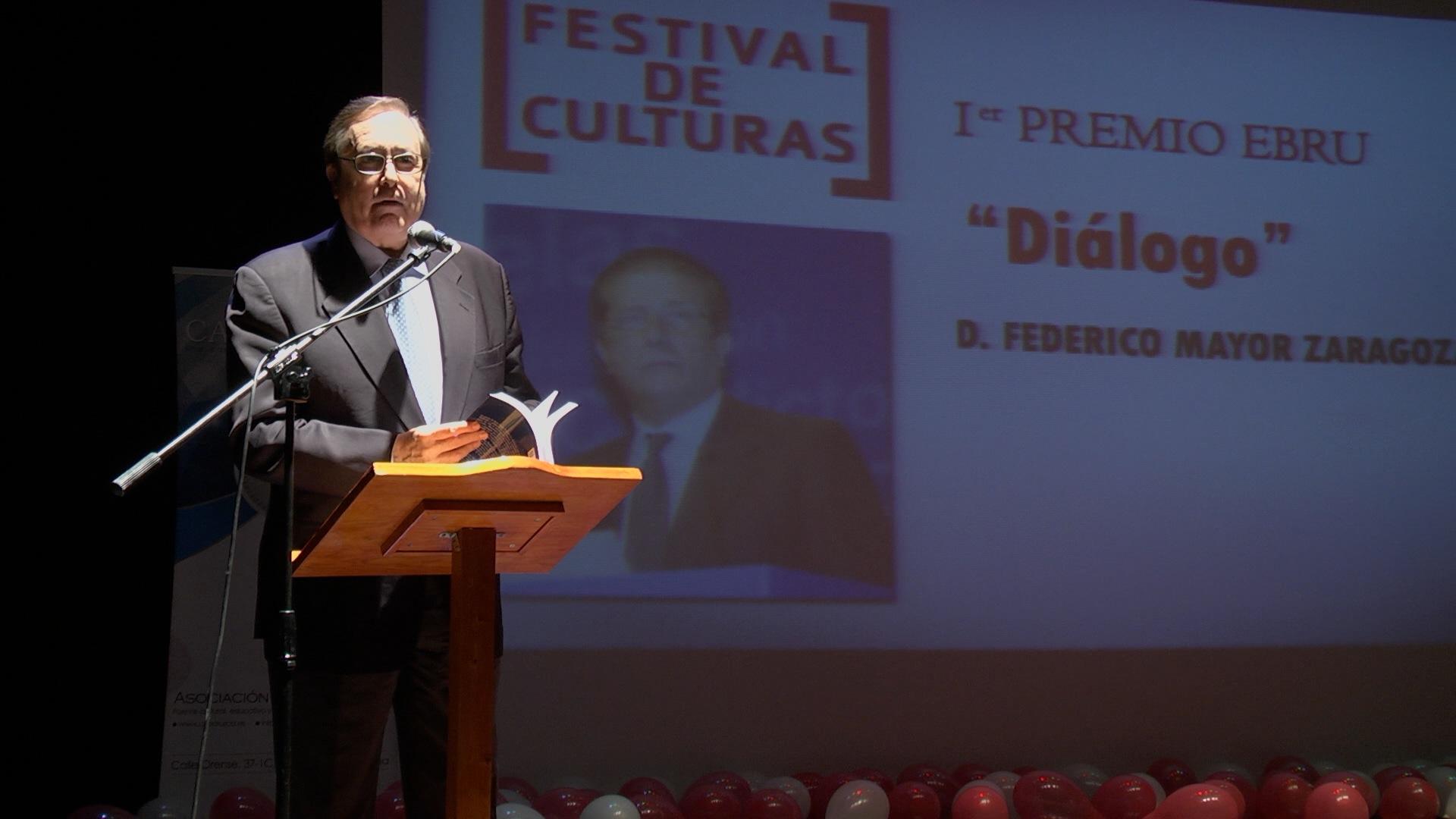 Premios Ebru 2013 (4)